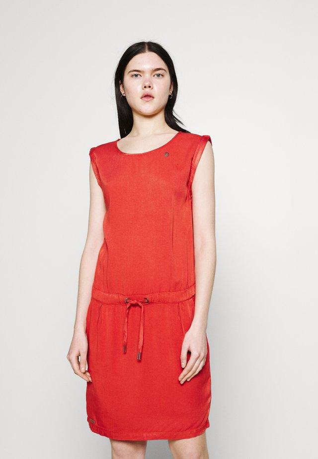 MASCARPONE - Denní šaty - chili red