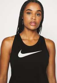 Nike Performance - RUN TANK - Treningsskjorter - black/silver/white - 4