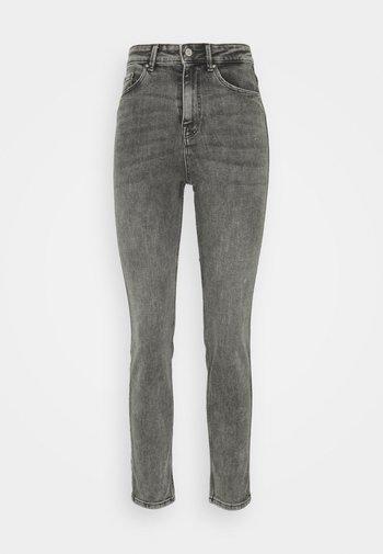 Straight leg -farkut - medium grey denim