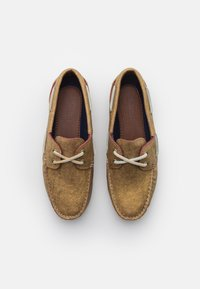 Timberland - CLASSIC 2 EYE - Boat shoes - gold metallic - 5