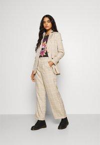 Fashion Union - TROUSER - Kalhoty - beige - 1