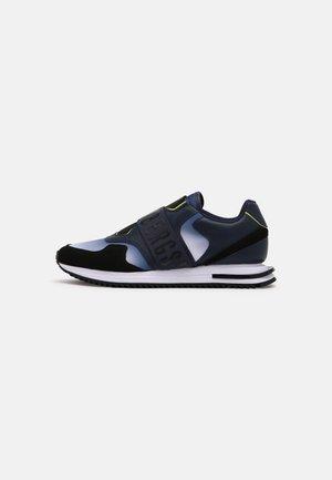 HALED - Slip-ons - blue navy/lime/black