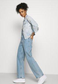Desigual - CHAQ CALM - Veste en jean - blue - 3