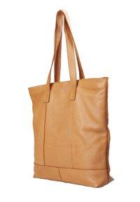 TREATS - LUNA - Tote bag - cognac - 1