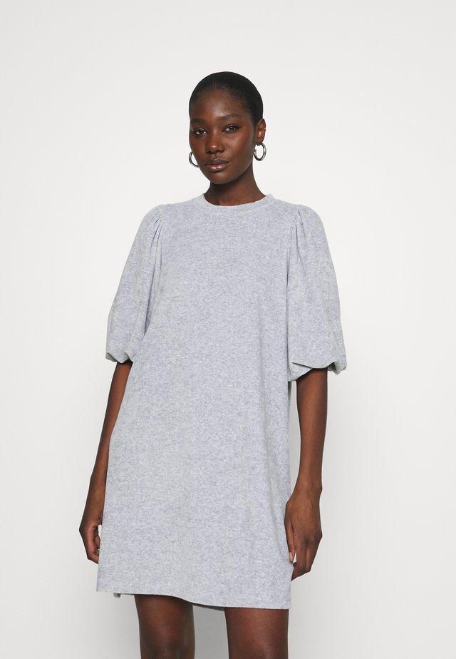 EMMALINE - Sukienka letnia - light grey