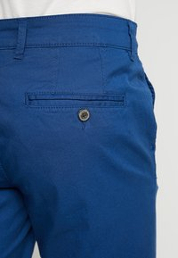 Selected Homme - SLHSTRAIGHT PARIS - Shorts - navy peony - 5