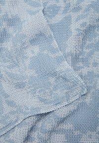 s.Oliver - Scarf - light blue aop - 2