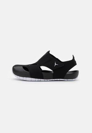 FLARE UNISEX - Sandály do bazénu - black/white