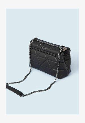 DANA  - Across body bag - black