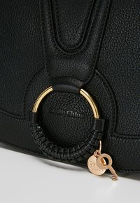 See by Chloé - HANA MEDIUM - Torba na ramię - black - 6