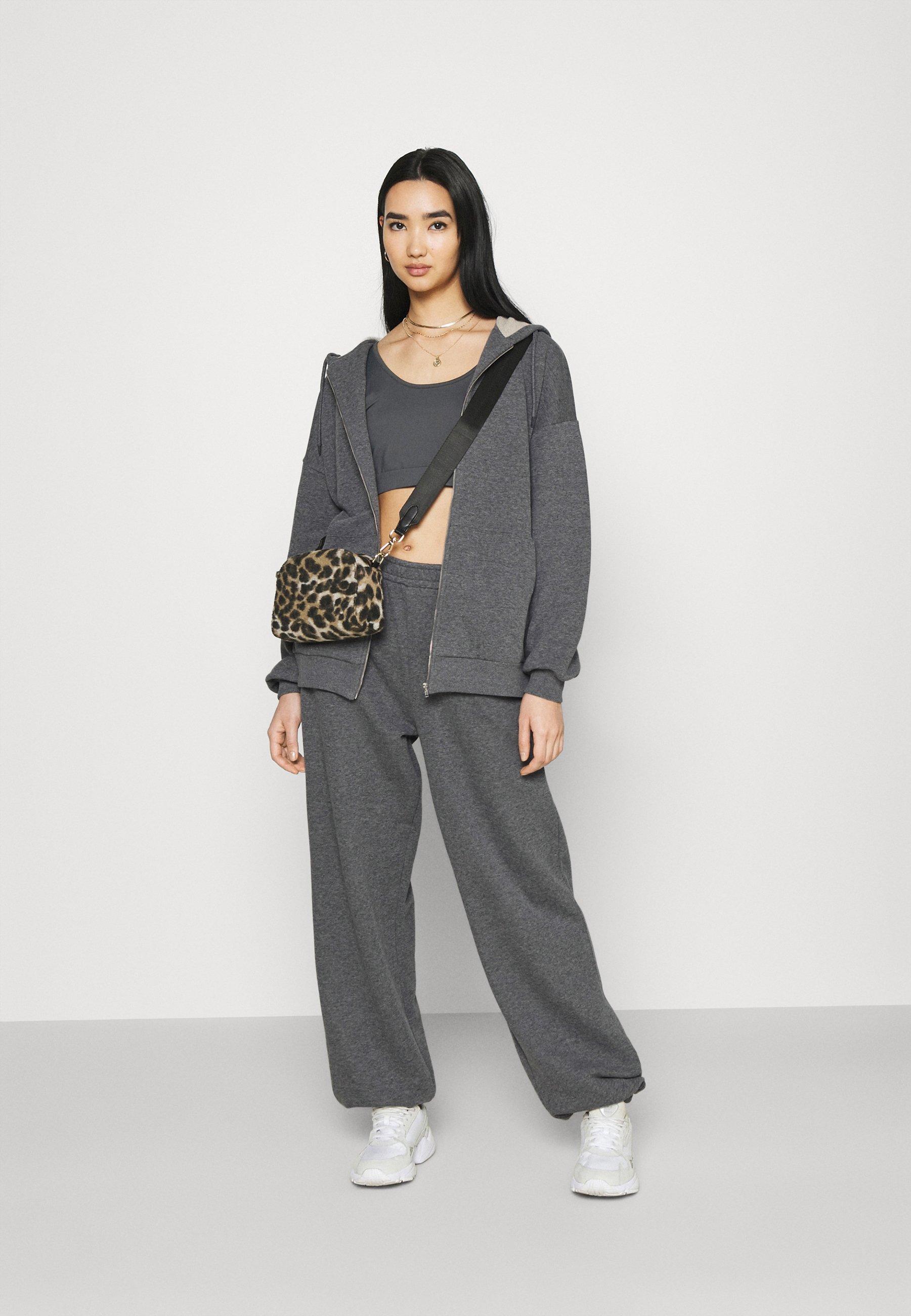 Women NA-KD X ZALANDO EXCLUSIVE ZIP HOODIE - Zip-up sweatshirt