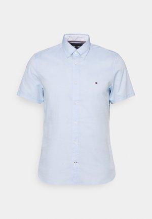 SLIM TRAVEL OXFORD - Shirt - calm blue