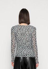 Fabienne Chapot - MARIE - Long sleeved top - black/emerald - 2