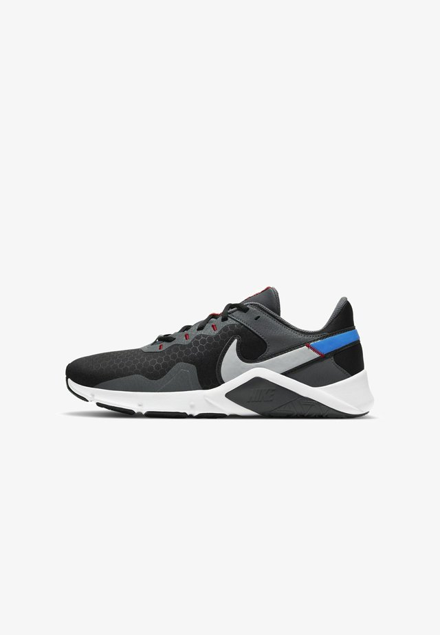LEGEND ESSENTIAL 2 - Obuwie treningowe - black/iron grey/photo blue/light smoke grey