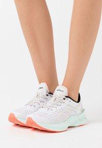 ASICS SportStyle - NOVABLAST SPS - Sneakers - white/midnight - 0