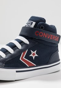 Converse - PRO BLAZE STRAP EMBROIDERED - Zapatillas altas - obsidian/university red/white - 2