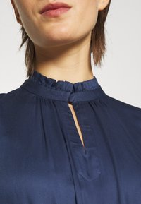 Bruuns Bazaar - BAUMA TILDA DRESS - Vestito estivo - dark blue - 5