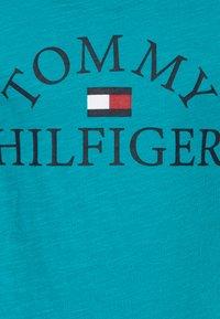 Tommy Hilfiger - ESSENTIAL LOGO - Camiseta estampada - blue - 2