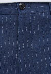 Jack & Jones PREMIUM - SUPER SLIM FIT - Suit trousers - dark navy - 5
