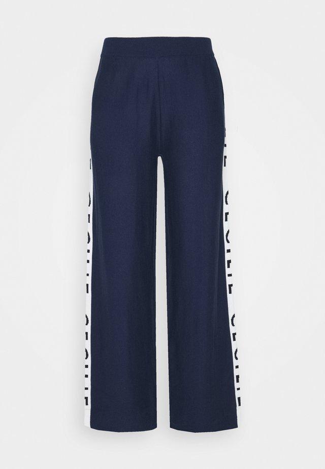 JUTTA - Pantalon classique - navy