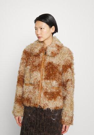 Winterjacke - brown