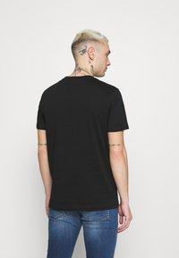 Diesel - T-DIEGOS-K16 UNISEX - Print T-shirt - black - 2