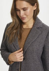 Saint Tropez - CATESZ JACKET - Winter jacket - black beauty houndstooth m - 4