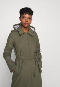 Vero Moda - VMSHADYSOFIA  - Waterproof jacket - bungee - 4