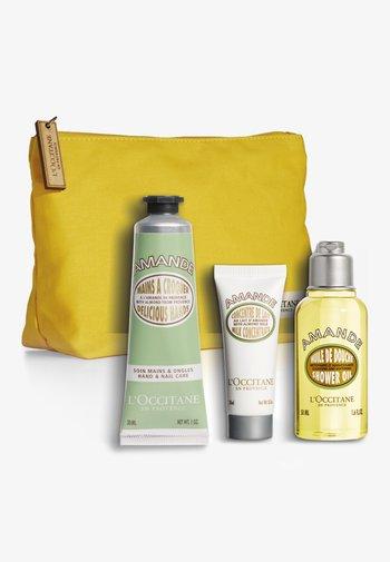 ALMOND BLOSSOM GET TO KNOW BAG 2021 - Skincare set - -