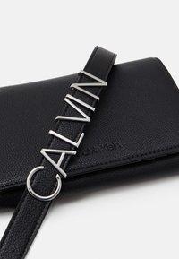 Calvin Klein - Across body bag - black - 3
