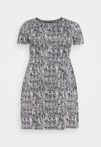 CAPSULE by Simply Be - PONTE POCKET SHIFT DRESS - Vapaa-ajan mekko - black - 4