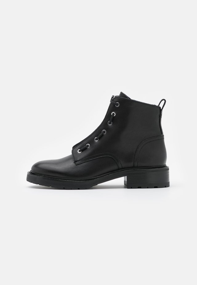 CANNON BOOT - Ankle boots - black