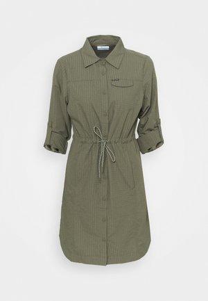 SILVER RIDGE™ NOVELTY DRESS - Sports dress - stone green