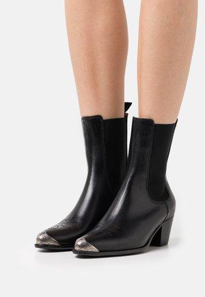 BOOTIE - Cowboy/biker ankle boot - black