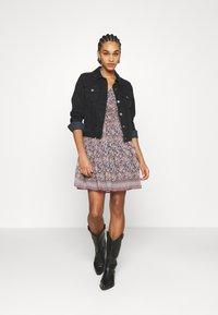 Vero Moda - VMBELLA DRESS - Denní šaty - ombre blue/bella - 1