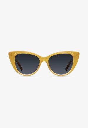 Solglasögon - amber carbon