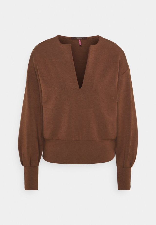 OPEN NECK AND VOLUMNIOUS SLEEVES - Sweatshirt - sienna