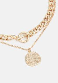Pieces - PCMENDANT COMBI NECKLACE - Smykke - gold-coloured - 2