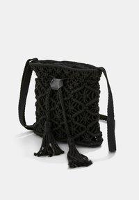 Esprit - Across body bag - black - 4