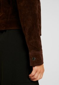 VILA PETITE - VIMUSA JACKET - Leather jacket - puce - 3
