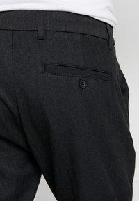 Minimum - UGGE - Trousers - dark grey - 3