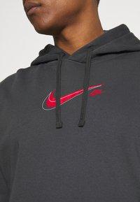 Nike Sportswear - COURT HOODIE - Sweatshirt - anthracite - 4