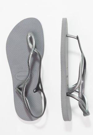 LUNA - Sandalias de dedo - steel grey
