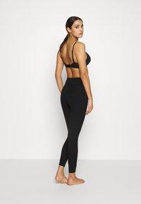 Spanx - PONTE REGULAR - Pantalón de pijama - classic black - 1