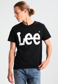 Lee - LOGO TEE - T-shirt con stampa - black - 0