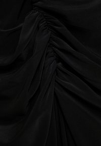 Club L London - RUCHED MIDI DRESS - Robe fourreau - black