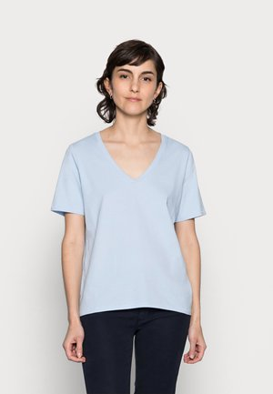 Basic T-shirt - sunny sky