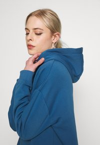 Nly by Nelly - OVERSIZED HOODIE - Sweat à capuche - blue - 3