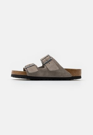 ARIZONA SOFT FOOTBED UNISEX - Slippers - stone coin