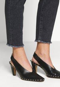 CLOSED - BAKER HIGH - Slim fit jeans - dark grey - 4